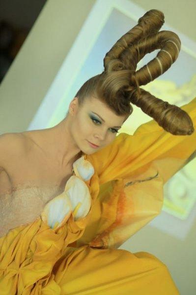 Jedna z prac dyplomowych słuchaczy Szkoły Wizażu i Charakteryzacji Make Up Sar