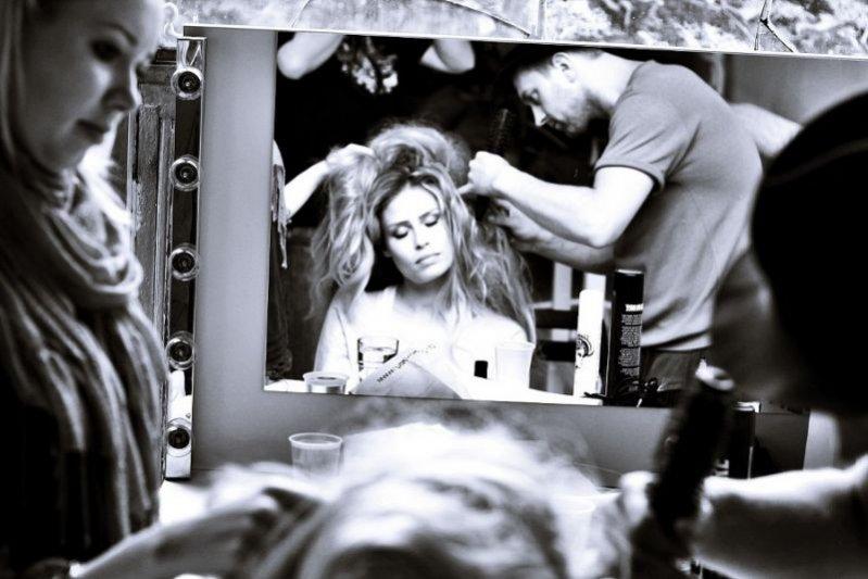 Backstage sesji zdjęciowej marki Caterina linii Leman Prestige na sezon jesień zima 2011
