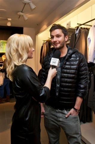 Mikołaj Komar na launchu kolekcji Versace dla H&M
