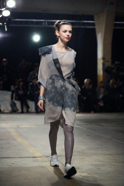 Fashion Week Poland - pokaz kolekcji Oli Bajer w ramach Off Out Of Schedule
