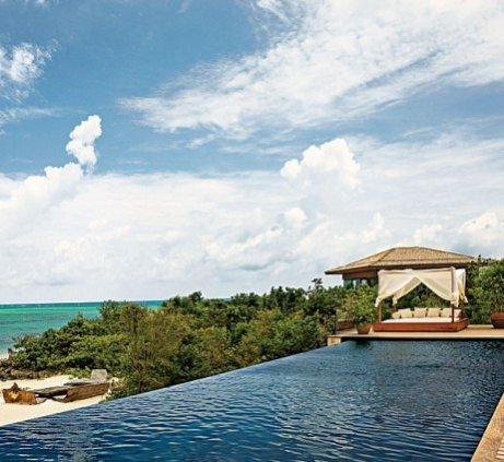 1. Dom Donny Karan w Parrot Cay