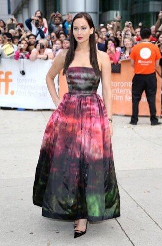 Jennifer Lawrence w projektach Dior