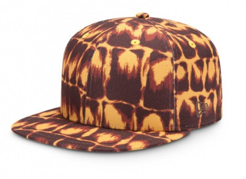 Jeremy Scott x New Era - 75$