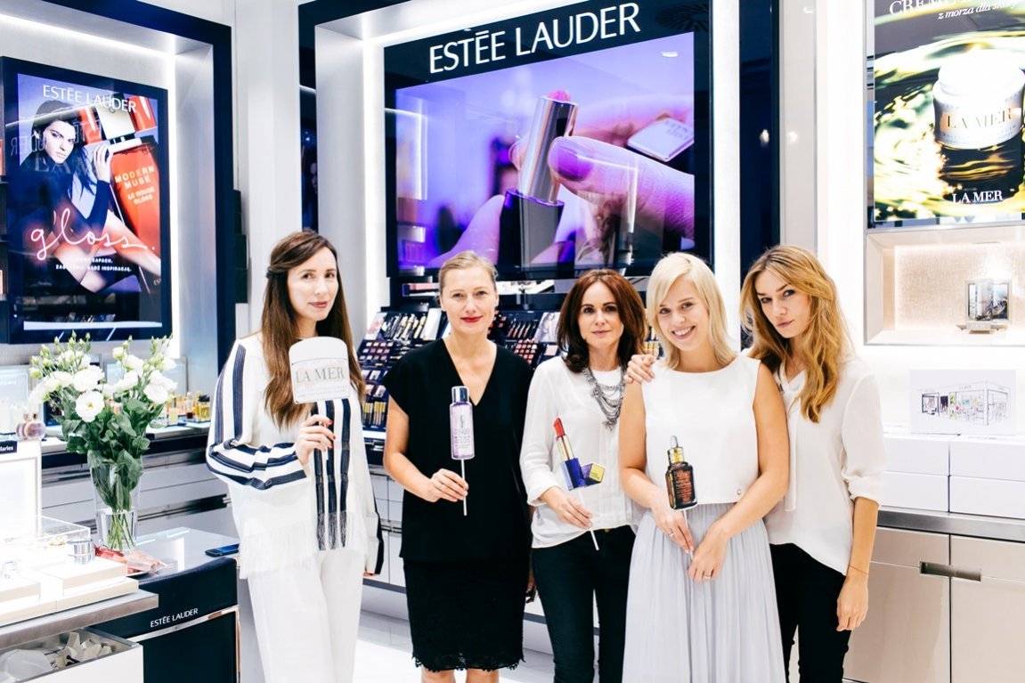 Redaktor naczelna Agata Tanter podczas nowego otwarcia salonu Estee Lauder, Clinique i La Mer
