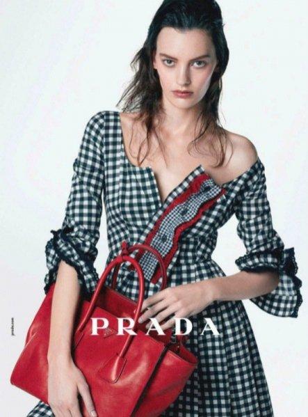 Amanda Murphy w kampanii Prada pre-fall 2013