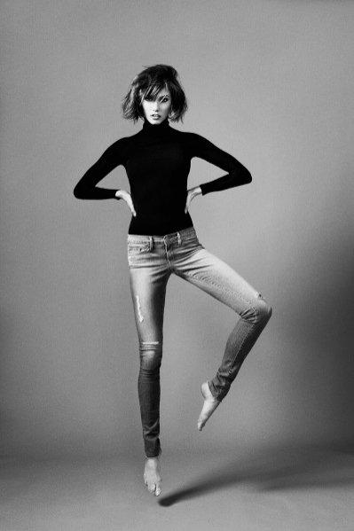 Karlie Kloss projektuje jeansy dla marki Frame
