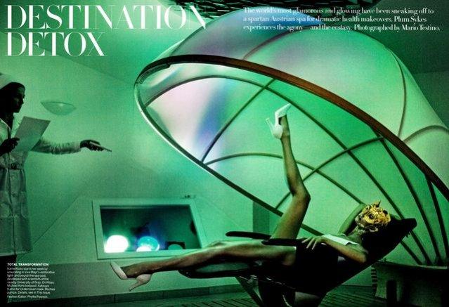 Karlie Kloss w obiektywie Mario Testino dla lipcowego Vogue US