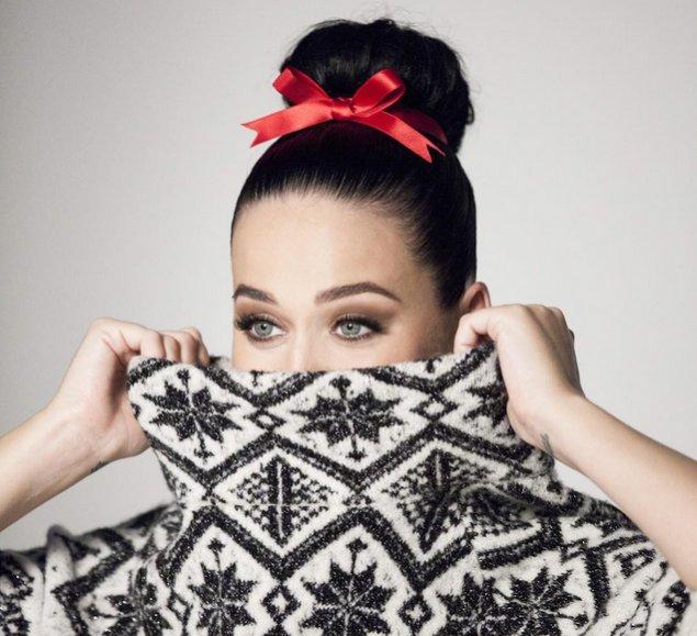 Katy Perry twarzą świątecznej kampanii marki H&M