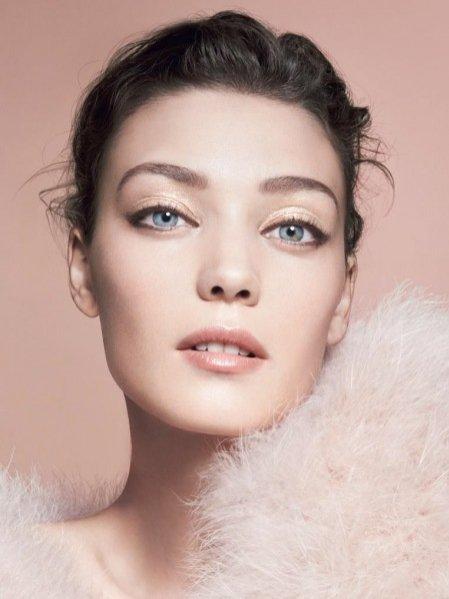 1. Effetto Nudo - kolekcja kosmetyków do makijażu Giorgio Armani wiosna 2014