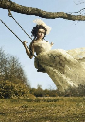 WONDERFUL WORLD OF HELENA, CZYLI HELENA BONHAM CARTER W HARPER'S BAZAAR UK