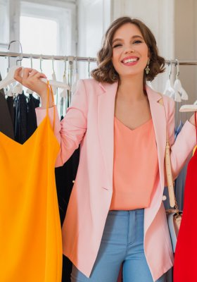 Sukienka wieczorowa - jak ją wybrać stosownie do okazji?