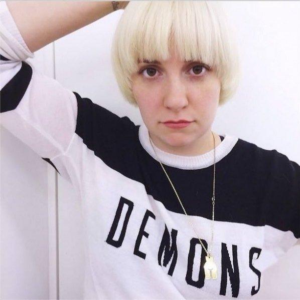 1. Bitwa na włosy: Fryzury gwiazd - Lena Dunham