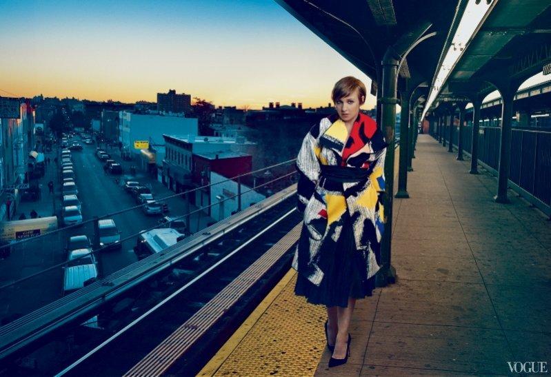 1. Lena Dunham w sesji okładkowej dla Vogue US luty 2014