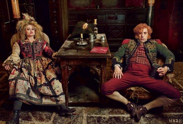 Helena Bonham Carter i Sasha Baron Cohen jako Madame i Monsieur Thénardie