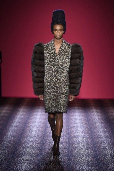 1. Schiaparelli haute couture jesień zima 2014/2015