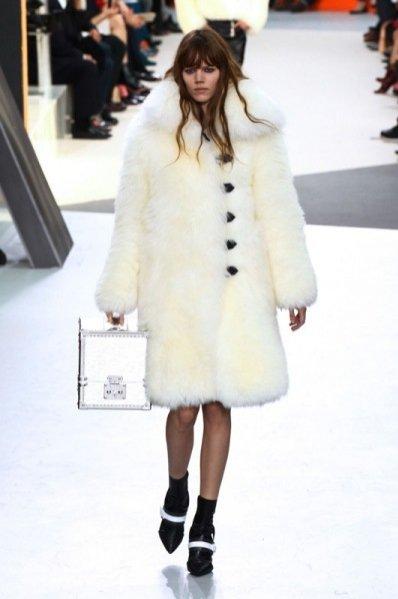 1. Louis Vuitton - kolekcja jesień zima 2015/2016
