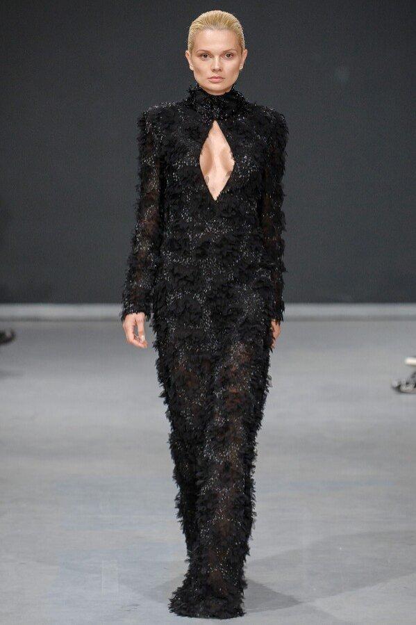 Czarna suknia Tomaotomo #BAROQ&ROLL