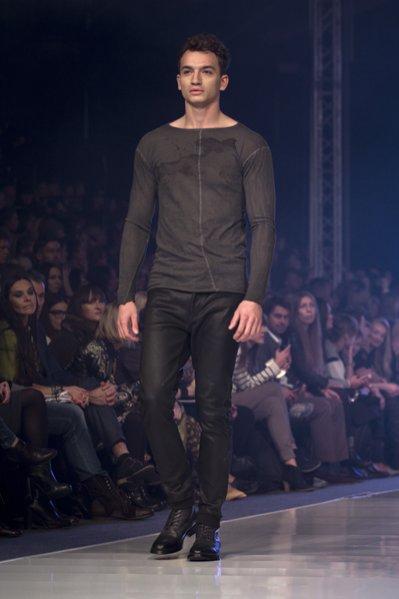 FashionPhilosophy Fashion Week październik 2013 - pokaz Łukasz Jemioł Basic wiosna lato 2014