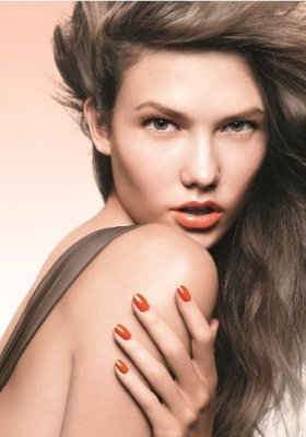 DIOR ELECTRIC TROPICS – MAKIJAŻOWE TRENDY NA LATO 2011