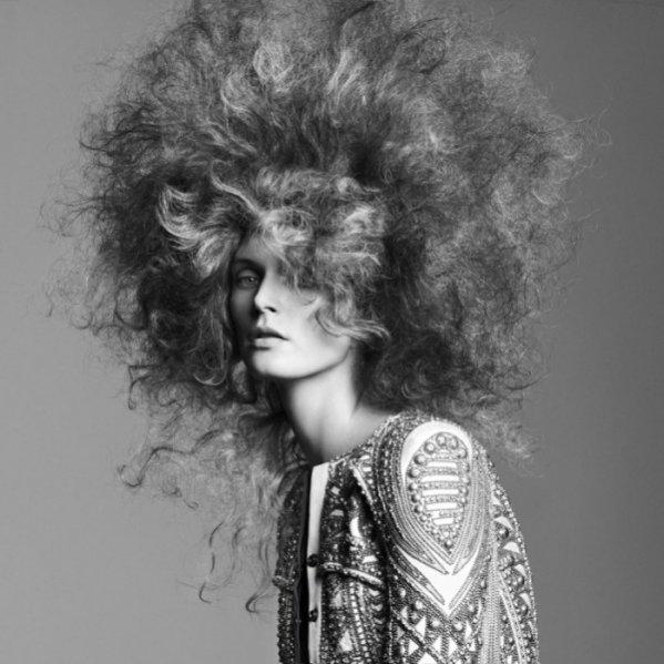 Małgorzata Bela w sesji beauty w Vogue Paris