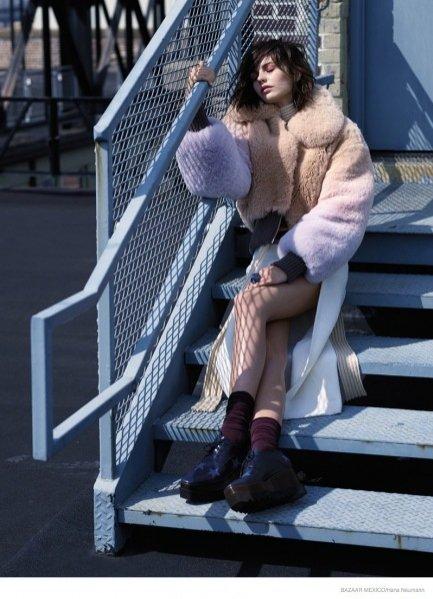 1. Marta Dyks w sesji dla Harper's Bazaar Mexico