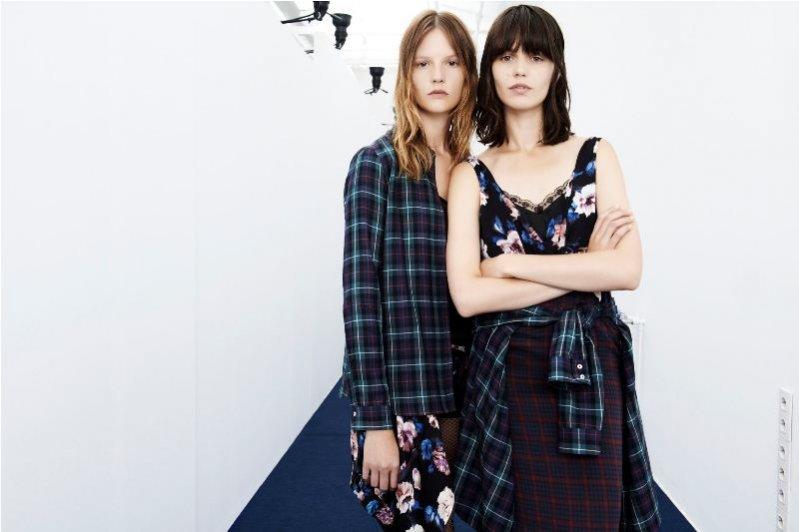 Marta Dyks i Sara Blomqvist w lookbooku Zara TRF sierpień/wrzesień 2013