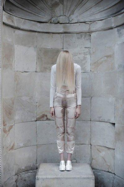 Magda Roman w sesji dla Herzlich Willkommen