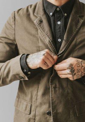 Modne kurtki męskie - trendy 2021