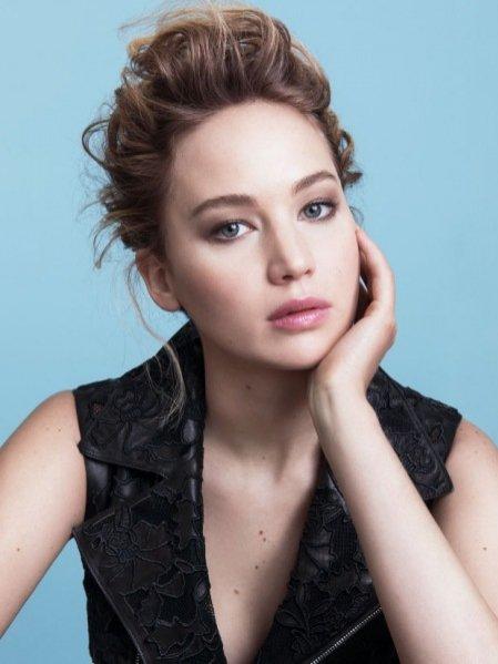 Jennifer Lawrence w kampanii Dior Addict Lipstick