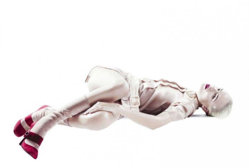 Natasha Poly w Vogue Collections China AW 2011