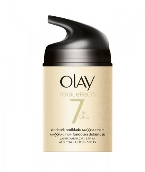 Olay Total Effects Touch of Foundation z dodatkiem podkładu Max Factor