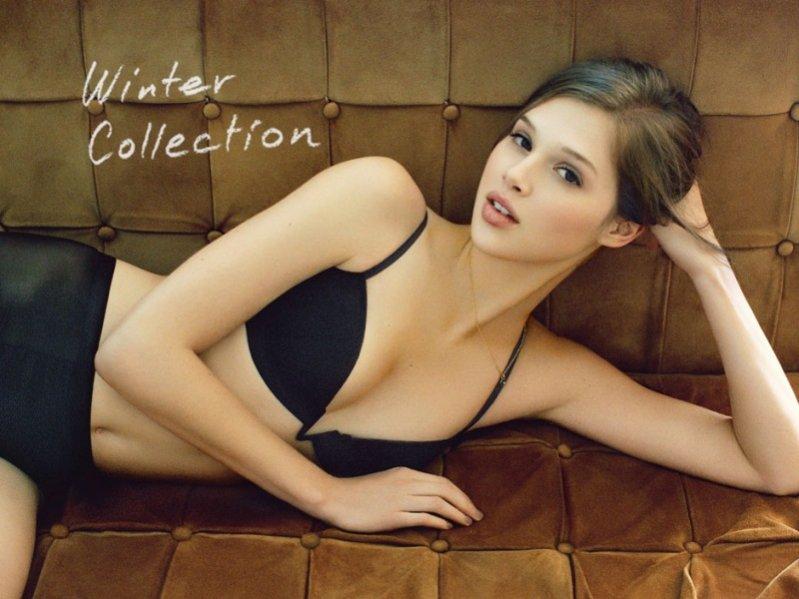 Anais Pouliot w lookbooku kolekcji Oysho jesień zima 2012/13