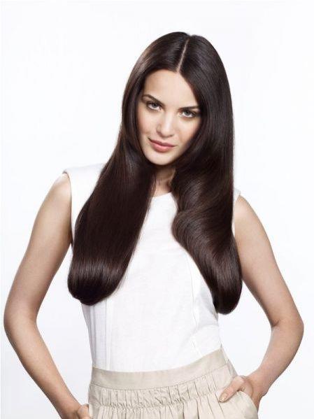 Nowa linia kosmetyków do włosów farbownych Pantene Pro-V