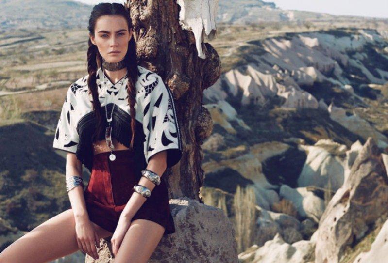1. Patrycja Gardygajło w edytorialu majowego Vogue Turkey