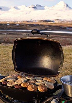 Jaki grill turystyczny wybrać?