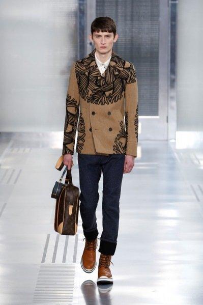 1. Pokaz męskiej kolekcji Louis Vuitton jesień zima 2015/2016