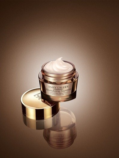 Revitalizing Supreme Global Anti-aging Creme Estée Lauder - 30 ml 240 PLN, 50 ml 350 PLN