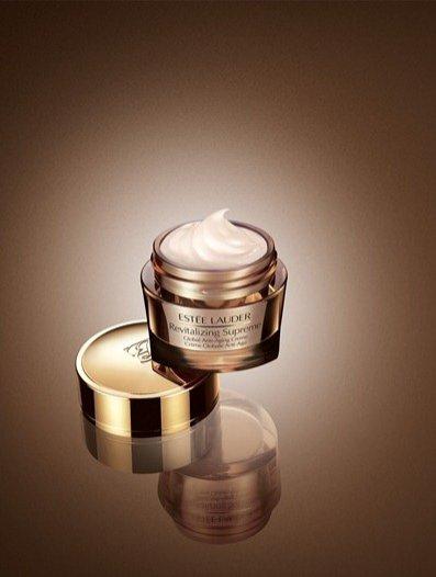 Revitalizing Supreme Global Anti-aging Creme Estée Lauder - 30 ml 240 PLN, 50 ml 350 PLN