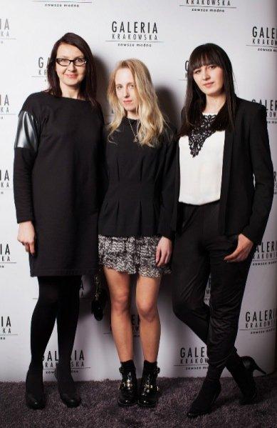 Alicepoint z inicjatorką akcji Kariną Grygierek i Karoliną Wójcik z agencji PR Inspiration - Gala Finałowa akcji 'Przyłapani na modzie 2013