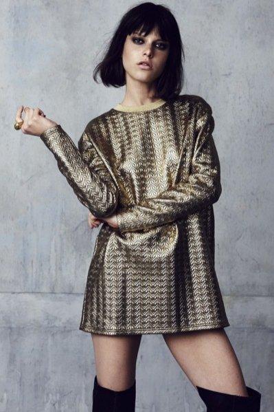 Zimowa odsłona kolekcji Rihanna for River Island, złota tunika ok. 250PLN