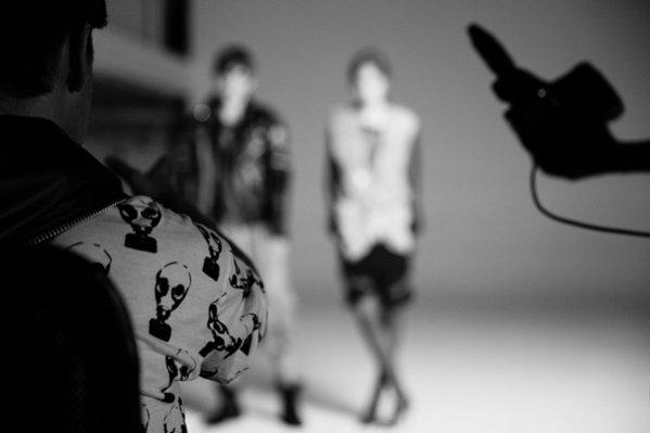 1. Backstage kampanii Roberta Kupisza wiosna lato 2015