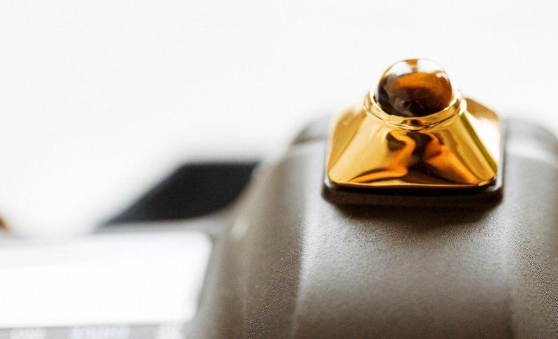 1. Selbz - kapsułowa kolekcja akcesorii do aparatu autorstwa Todda Selby'ego