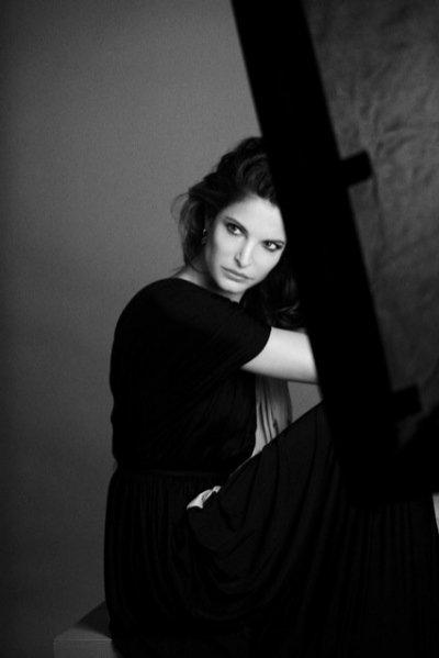 Stephanie Seymour nową twarzą Estée Lauder