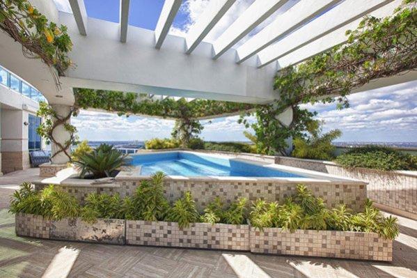 Trzy poziomowy penthouse w Miami Pharrell'a Williams'a