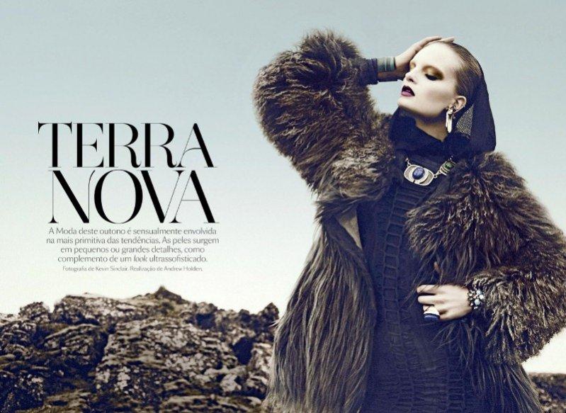 Charlotte Tomaszewska dla Vogue Portugal / fot. Kevin Sinclaira /stylizacja: Andrew Holden