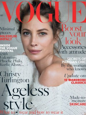 CHRISTY TURLINGTON PO 18 LATACH NA OKŁADCE VOGUE UK