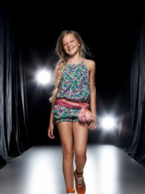 LOOKBOOK SISLEY YOUNG WIOSNA-LATO 2011