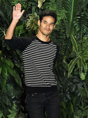 JOSEPH ALTUZARRA LAUREATEM NAGRODY CFDA/VOGUE FASHION FUND