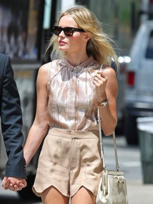 KATE BOSWORTH W PASTELACH