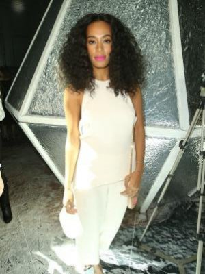 BEST LOOK - SOLANGE KNOWLES
